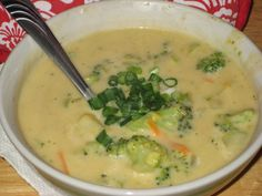 Super Easy Recipes For College Students: Healthy Broccoli Cheddar Soup