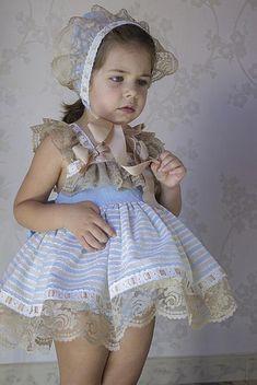 DREAM SPRING SKY BLUE DAISY SHORT SPANISH PUFFBALL GIRLS DRESS AND PANTS SET
