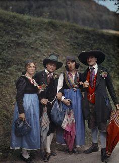 Folk from Murau wear costumes distinctive of mountainous regions.