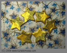 Salt dough stars with some glitter. I love them :-)