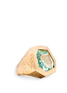 MANGO. Anello con pietra sfaccettata. Mi ricorda i gioielli delle civiltà pre-colombiane....