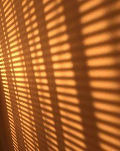 Sunset Wallpaper, Galaxy Wallpaper, Screen Wallpaper, Iphone Wallpaper Tumblr Aesthetic, Aesthetic Pastel Wallpaper, Aesthetic Wallpapers, Window Shadow, Sun Shadow, Brown Aesthetic