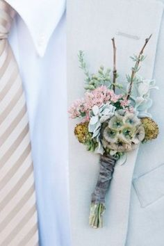 outdoor rustic country wedding mint boutounierre