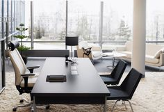 Office furniture in sophisticated cities has to be very industry specific, especially when it comes to office furniture in NYC. Browse the range of executive office furniture suites at Court Street Office furniture. Law Office Design, Ceo Office, Modern Office Design, Office Workspace, Office Interior Design, Office Table, Office Designs, Bureau Design, Corporate Interiors