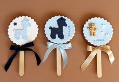 Like the idea of cookies on the sticks to make rattles.