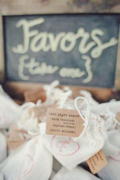 Midnight snack wedding favors,homemade wedding favours ideas