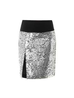 This metallic-silver sequin embellished skirt features a contrasting black silk-blend waistband, a high-waist and an off-centre high-hem slit with a centre-back concealed zip fastening.