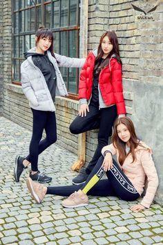 Photo album containing 33 pictures of IZ*ONE J Pop, Yuri, Japanese Girl Group, Famous Girls, Kim Min, Soyeon, Female Singers, Girls Generation, Korean Girl Groups