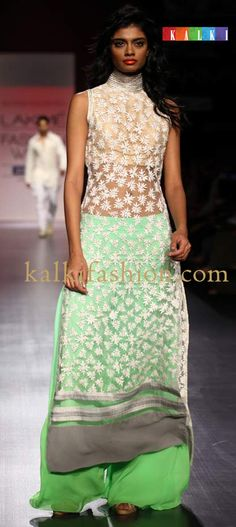 Lakme Fashion Week 2013 Collection by Manish Malhotra 22 Indian Attire, Indian Ethnic Wear, Indian Style, Indian Dresses, Indian Outfits, Manish Malhotra Designs, Diwali Dresses, Desi Clothes, Indian Clothes
