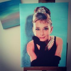 Reproduction of image, background repaint pastel