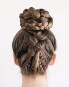 """5,658 Likes, 95 Comments - Sarah Marie Nagel  (@holistichabits) on Instagram: """"Upside down braided bun!! I feel like a ballerina in this hairstyle ☺️So excited to show you…"""""""