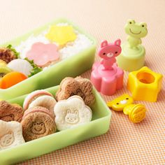 Sandwich stamp. Rabbit, bear and frog. $11.10 @Darby Walker  (somebody is starting school soon and would LOVE THESE)