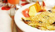 Homelette con prosciutto formaggio e funghi Ethnic Recipes, Food, Meal, Eten, Meals