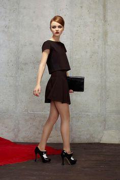 Alice + Olivia Pre-Fall 2014 Fashion Show Collection