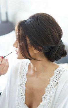 39 Chic Wedding Hair Updos for Elegant Brides - Strona 3 z 5
