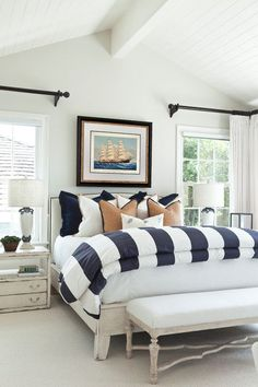 Beach house bedroom with walls in classic coastal interiors Benjamin Moore oyster shell 864 Dream Bedroom, Home Bedroom, Bedroom Decor, Target Bedroom, Beach House Bedroom, Master Bedrooms, Nautical Bedroom, Coastal Bedrooms, Beach Themed Bedrooms