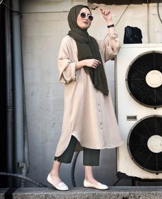 ahsen hijab outfit, street hijab fashion ve h Hijab Casual, Hijab Chic, Hijab Fashion Casual, Casual Hijab Styles, New Hijab Style, Hijab Styles For Party, Fashion Muslimah, Stylish Hijab, Casual Chic