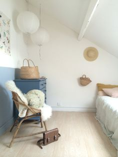 Sweet girl's room - love the half painted wall in blue