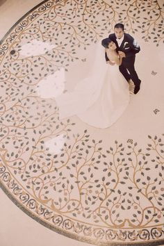 fantastic photo (& inlay art marble floor:)