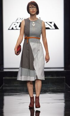goodness, i love this dress.  by fabio on the current season of project runway.