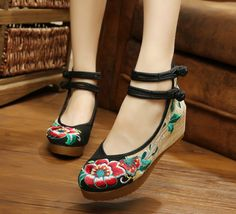 Fashion Chinese Style Mary Janes Inside Increased Embroidery 5cm Pumps Soft Sole Cloth Shoes Woman SMYXHX-10028