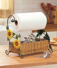 Sunflowers Themed Paper Towel Roll Holder Country Kitchen Home Accent Decor New - Best Home Decor List Home Decor Baskets, Basket Decoration, Diy Home Decor, Sunflower Themed Kitchen, Sunflower Kitchen Decor, Apple Kitchen Decor, Paper Towel Rolls, Paper Towel Holder, Towel Holders