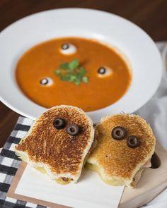 Halloween Dinner, Halloween Food For Party, Halloween Treats, Halloween Apples, Spooky Treats, Halloween Inspo, Halloween Goodies, Samhain, Fall Recipes