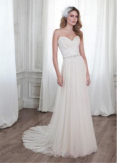 f2f515f453e4 Magbridal Elegant Tulle Sweetheart Neckline Natural Waistline Sheath  Wedding Dress With Lace Appliques. Abiti Da SposaAbiti ...