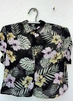 flippige Hawaii Hemdbluse #grün #green #gelb #yellow #black #schwarz #pink #bunt #hawaistyle #urlaub #vacationvibes #vacation #holiday #beach #hippie #hula #tallyweijl #hemdbluse  Kaufe meinen Artikel bei #Kleiderkreisel http://www.kleiderkreisel.de/damenmode/blusen/113157960-flippige-hawaii-hemdbluse