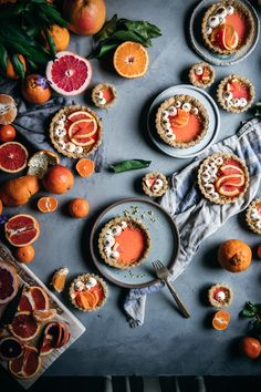 A delicious set of citrus panna cotta tarts with a pictachio walnut crust and a toasted meringue topping. Bright, tasty, and perfect for a winter treat. Easy Tart Recipes, Gourmet Recipes, Gourmet Foods, Fun Desserts, Dessert Recipes, Winter Treats, Sweet Pie, How Sweet Eats, No Cook Meals
