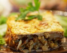 Recipe South African Bobotie by janinewood, learn to make this recipe easily in your kitchen machine and discover other Thermomix recipes in Main dishes - meat. South African Dishes, South African Recipes, Ethnic Recipes, Chutney, Bobotie Recipe, Meat Recipes, Cooking Recipes, Savoury Recipes, Recipies