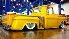 #houstonautorama2016 #houstonautorama #autorama  #chevrolet #truck #stepside  #houstontx #htx #slammed #pickup #vintage #oldschool #hotrod #airride #carshow #hotwheels #laidout #hamb #whitewalls #airsuspension #igtexas #dfw #instadfw #trucksoftexas #kustom #chevy #chevytruck #dropped #oldskool