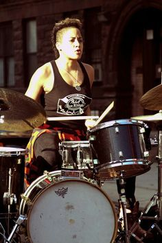 Kim Thompson Drummer For Beyonce Knowles One of the best female drummer