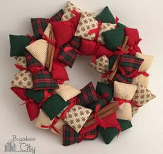 Mini Pillow DIY Wreath | How cute is this DIY Christmas wreath?