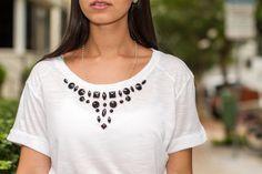 DIY: T-Shirt bordada com pedrarias