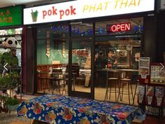 Pok Pok Phat Thai Frying Up Noodles Right This Second in Chinatown - Eater LA