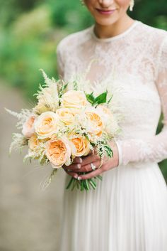 Intimate Garden Wedding | Photo by Kristyn Harder Photography | Read more - http://www.100layercake.com/blog/wp-content/uploads/2015/02/Intimate-Garden-Wedding