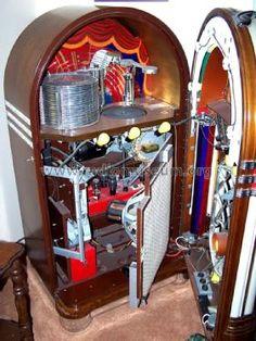 Wurlitzer Co., The Jukebox 1015, amp = 503 or 504 from Douglas Daniels (1)