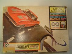 Aurora Model Motoring Stirling Moss Figure 8 Racing Set T-Jet HO w/ Extra Pieces - Vintage Slot Car Set.