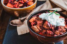 Punajuuri-lihapata | Rosa Viini & Ruoka Bon Appetit, Chicken Wings, Pizza, Meat, Food, Essen, Meals, Yemek, Eten