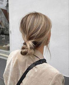 Messy Hairstyles, Pretty Hairstyles, Hair Inspo, Hair Inspiration, Fresh Hair, Hair Again, Aesthetic Hair, Hair Day, Balayage Hair