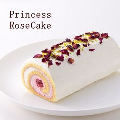 Princess roll cake using rose water and rice flour バラのロールケーキ