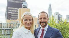 Det norske kronprinspar, kronprins Haakon og kronprinsesse Mette-Marit, har været en tur i New York for at fremme og støtte norsk design i USA.