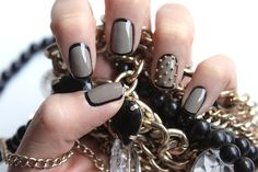 Outlining your nails totally makes them pop and this darker style looks super chic.