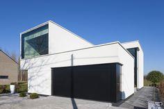 Architectuurfotografie en interieurfotografie van een moderne witte woning ontworpen door architect Stijn Janssens. © foto's Liesbet Goetschalckx
