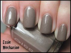 Fingernail polish color of the week, Essie's Mochacino. <3