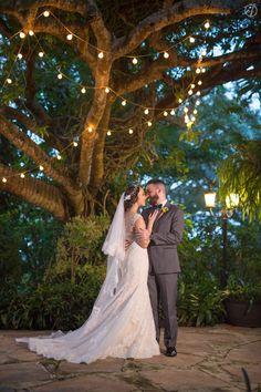 Espectacular, perfecta: Moni & Andy en Jardines del Castillo http://cfont.co/Monica-Andres?utm_content=buffer78b32&utm_medium=social&utm_source=pinterest.com&utm_campaign=buffer