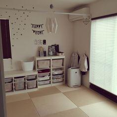 noriさんの、リビング,無印良品,IKEA,和室のインテリア,白黒,トロファスト,レターバナー,レクリントの照明♡,洗濯物干しスペース,ブログやってます♡,しろくま貯金箱,和室をキッズスペースに,和紙畳,squ+,こどもと暮らす。,monotoneインテリア,squ+ウォールステッカー,北欧インテリアに憧れる,のお部屋写真