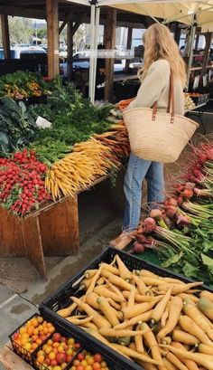This Is Your Life, Root Vegetables, Aesthetic Food, Sustainable Living, Farmers Market, Healthy Lifestyle, Healthy Living, Healthy Recipes, Mood