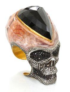Sevan Bicakci creations adorn the shelves of the most prestigious jewelry houses… Skull Jewelry, Jewelry Art, Gold Jewelry, Jewelry Rings, Jewelry Accessories, Fine Jewelry, Jewelry Design, Skull Rings, Jewellery